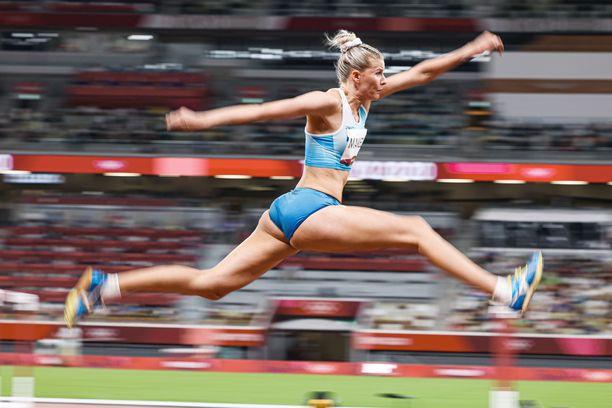 Kristiina Mäkelä hyppäsi Tokion olympialaisissa finaaliin.