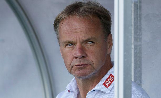 Juha Malinen on piiskannut joukkonsa komeaan lentoon.
