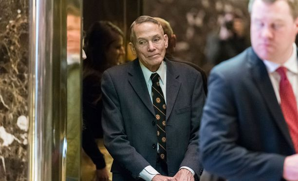 Fyysikko William Happer vieraili New Yorkin Trump Towerissa perjantaina.