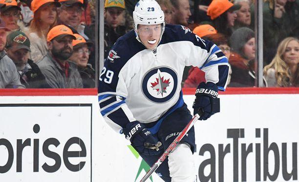 Laine palasi NHL:n maalipörssin kärkisijalle.