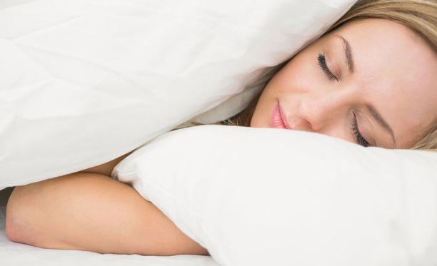 Paksun peiton vaikutusta on verrattu hierontaan, sylissä pitämiseen tai halaamiseen.