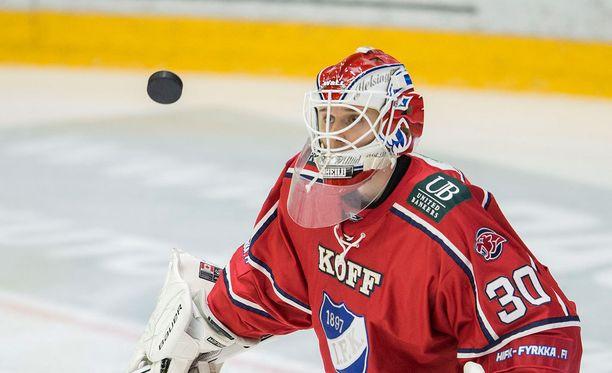Kevin Lankinen pelaa tänään kauden ensimmäisen SM-liigaottelunsa.
