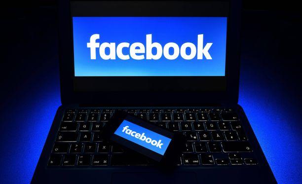 Tietosuojavaltuutettu tutkii, onko Facebook toiminut tietosuoja-asetusten vastaisesti.