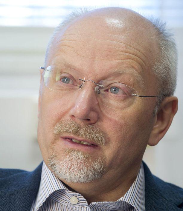 - Masennus tiedettiin jo ennen masennuslääkkeitäkin uusiutuvaksi ja toistuvaksi sairaudeksi, sanoo professori Erkki Isometsä.