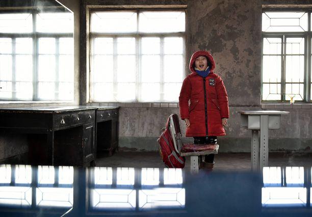 Sun Xiaofeng kuvattuna koulupäivän jälkeen.