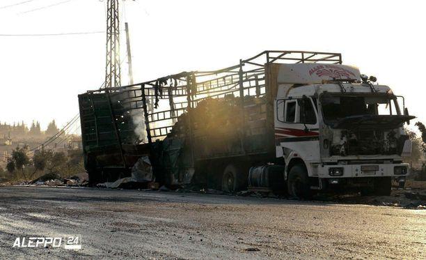 Avustusrekat tuhottiin ilmaiskulla, sanoo YK.