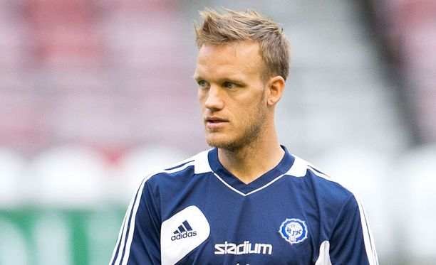 Mika Väyrynen saattaa joutua jättämään Israel-ottelun väliin kylkivamman vuoksi.