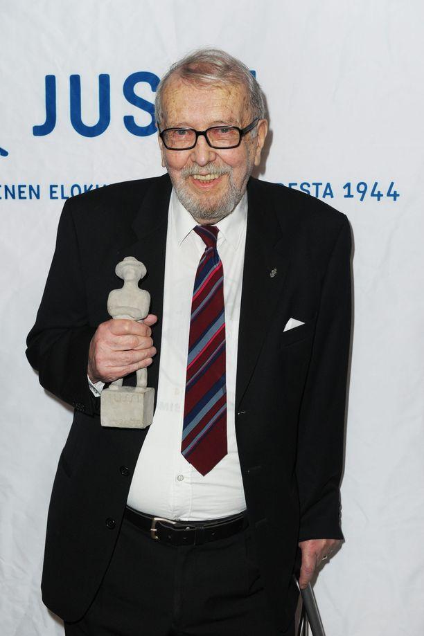 Vuoden 2011 Jussi-gaalassa Matti Kassila sai Betoni-Jussin elämäntyöstään.