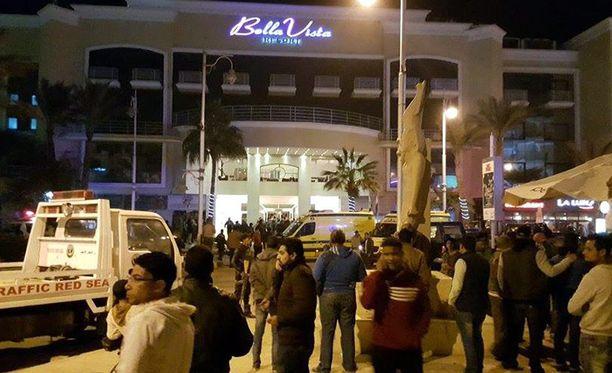 Hyökkäyksen kohteena olleessa hotellissa oli yksi suomalainen.