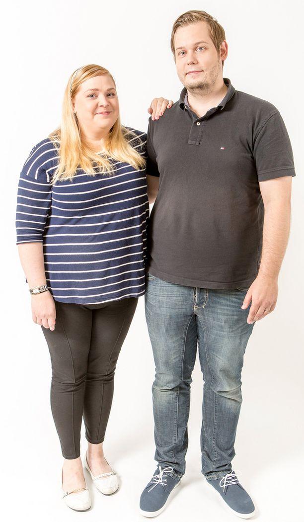 Aino ja Antti ovat pienen lapsen vanhempia, jotka ovat vailla kahdenkeskistä aikaa.