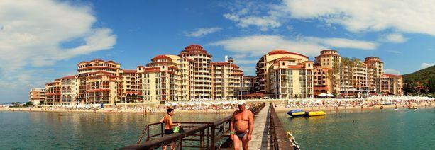 Bulgarian Sunny Beach sopii rantalomia rakastavalle.