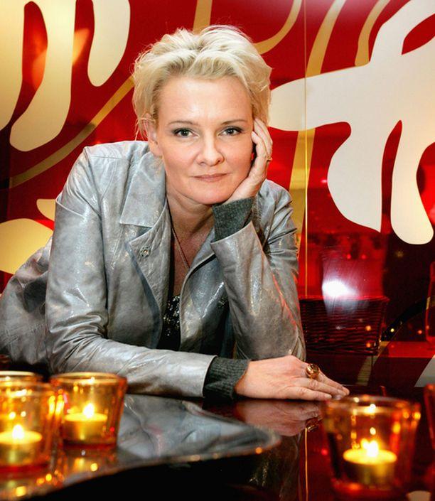 Eva Dahlgren soittaa kaksi konserttia Suomessa.