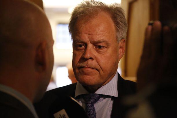 OAJ:n puheenjohtajan Olli Luukkaisen mukaan oppimisen tukea ei ole läheskään kaikissa kunnissa ja kouluissa tarjottu tai järjestetty lain vaatimalla tavalla.