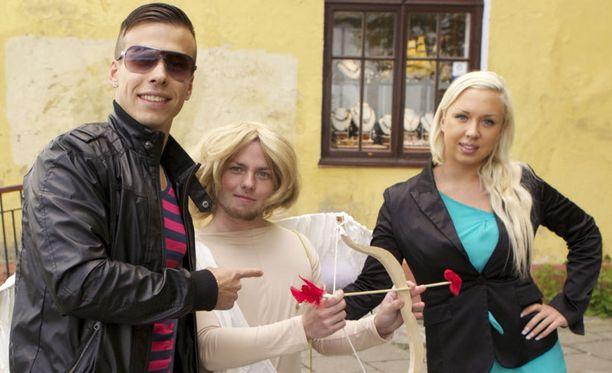 Pariskunta erosi pian Tallinnan-matkansa jälkeen.