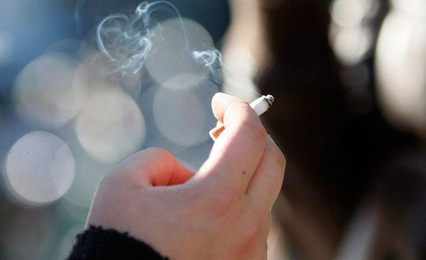 Tupakoinnin onnistunut lopettaminen aiheuttaa mielialan nousua.
