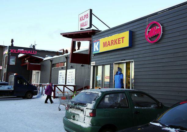 Enontekiön Kilpisjärvellä norjalaiset ovat innostuneet vajaan vuoden auki olleesta Alkosta.