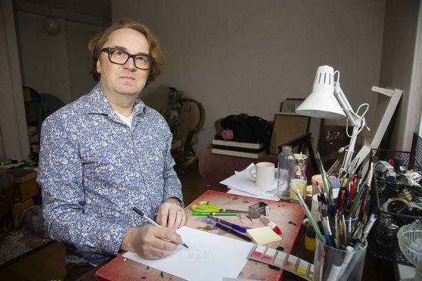 Fingerpori-sarjakuvistaan tunnettu Pertti Jarla eroaa jälleen.
