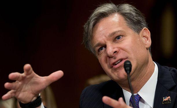Yhdysvaltain senaatti vahvisti äänestyksellä Christopher Wrayn nimityksen FBI:n uudeksi johtajaksi.