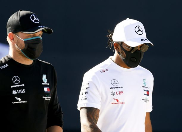 Merdeksen Lewis Hamilton johtaa MM-sarjaa. Tallikaveri Valtteri Bottas on toisena.