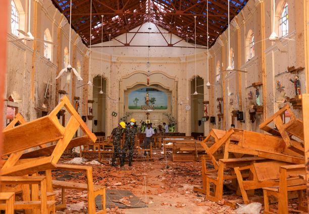 Osa iskuista oli suunnattu kirkkoihin, mikä ei sovi al-Qaidan strategiaan.