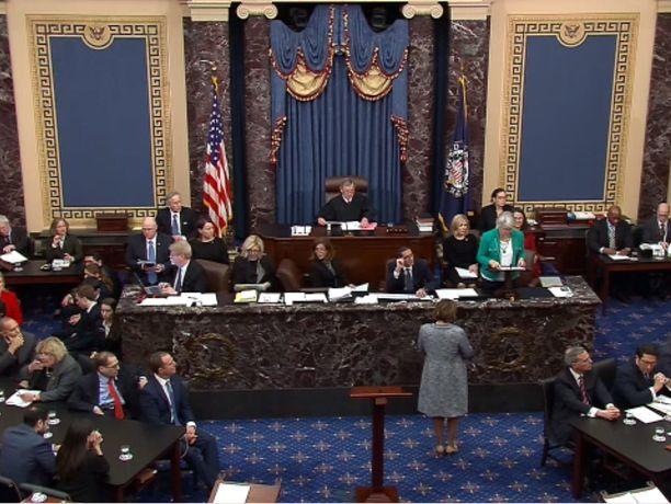 Yhdysvaltain senaatti vapautti odotetusti Donald Trumpin virkarikossyytteistä keskiviikon äänestyksessä.
