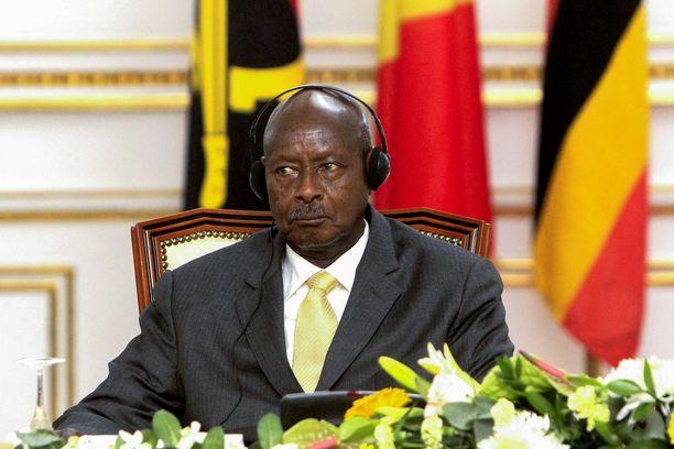Presidentti Yoweri  Museveni haluaa kovempia rangaistuksia.