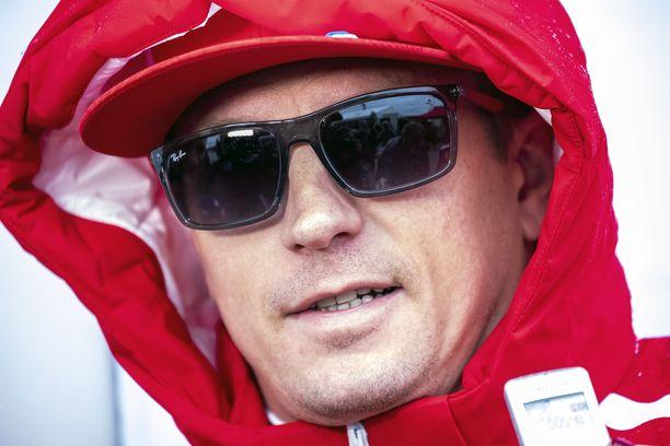 Kimi Räikkönen saapui eilen Teksasin vesisateeseen.