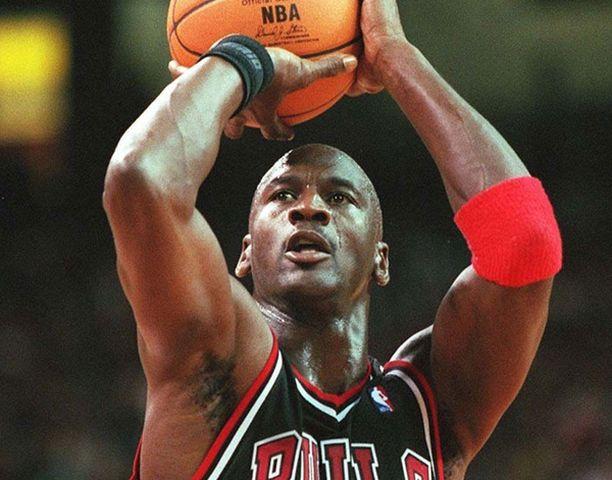 """Michael """"Air"""" Jordania pidetään kaikkien aikojen parhaana koripalloilijana."""