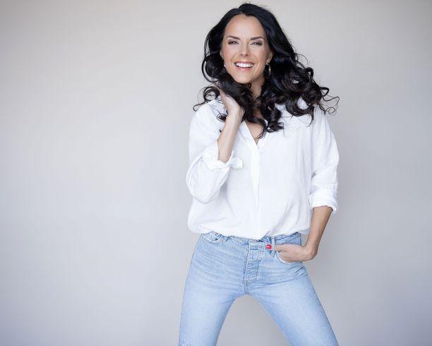 Miss Suomi 2008 Satu Aarnio on joutunut kieltäytymään Selviytyjät Suomi -ohjelmaan osallistumisesta työkiireiden takia.