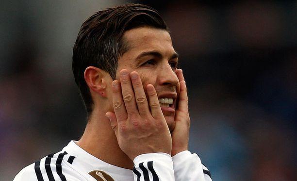 Cristiano Ronaldon ilta päättyi ulosajoon.