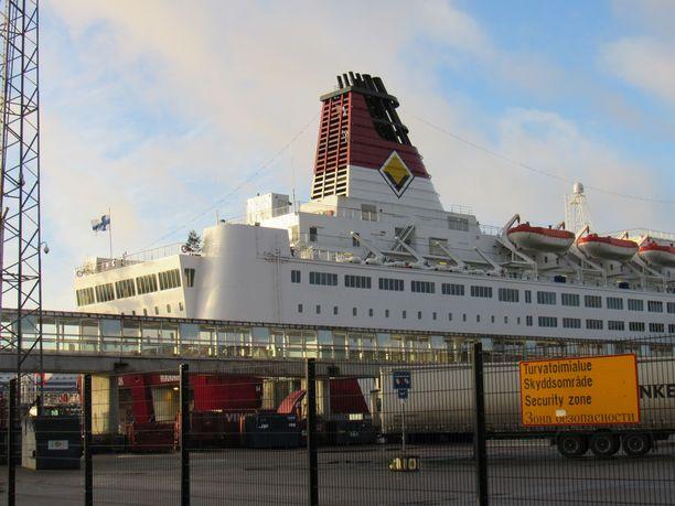 Viking Line liikennöi Katajanokan terminaalista.