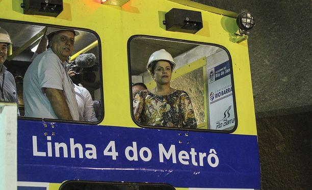 Rion alueen metron kunnostustyöt ovat keskeytyneet.
