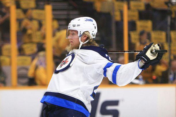 Patrik Laine sai syöttöpisteen, kun Winnipeg Jets otti roiman voiton varhain sunnuntaiaamuna Suomen aikaa.