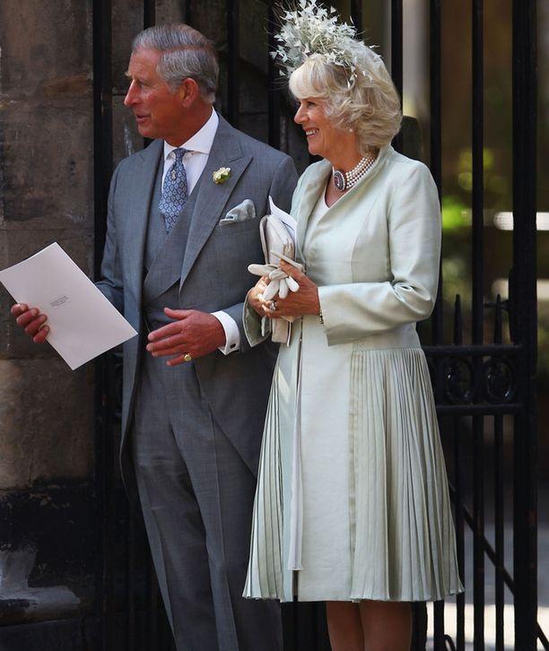 Prinssi Charles puolisonsa, Cornwallin herttuatar Camillan kanssa.