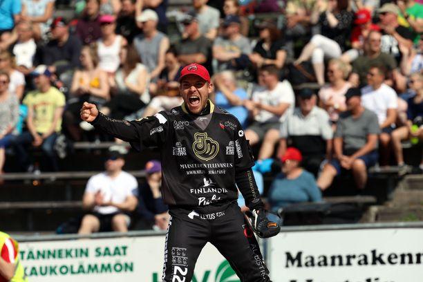 Juha Puhtimäki löi 1+2 ja toi kolme juoksua. Kuva kesäkuulta.