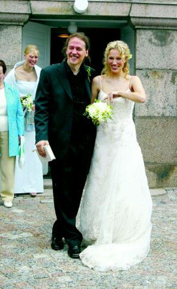 Pariskunta vihittiin heinäkuussa 2004.