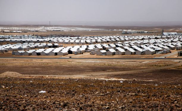 Jordaniassa sijaitsevalla syyrialaisten pakolaisleirin asukasmäärän arvellaan asuvan yli 100 000 pakolaista vuoden loppuun mennessä.