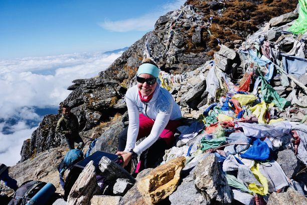 Yli 7000 metriä korkea Baruntse oli tärkeä etappi Anni Penttilän päätavoitetta kohti. Se on päästä maailman korkeimman vuoren Mount Everestin huipulle.