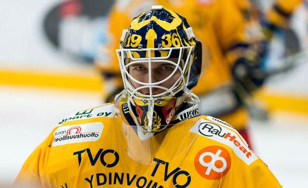 Kaapo Kähkönen torjui Sportia vastaan kovalla prosentilla.