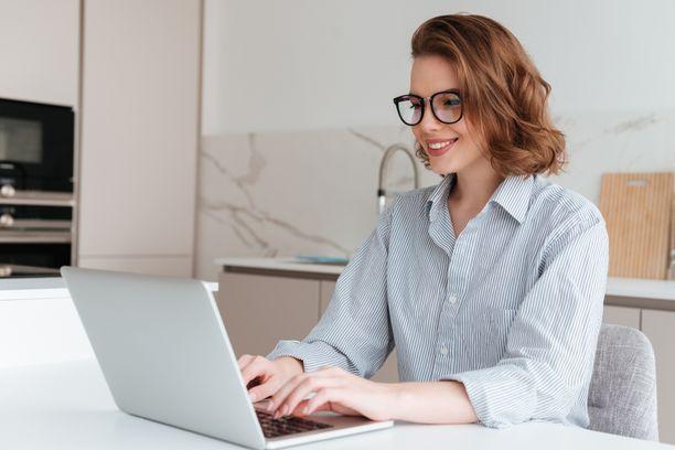 Verkkonäöntarkastus on helppo tapa päivittää silmälasi- tai piilolinssiresepti kotoa käsin.