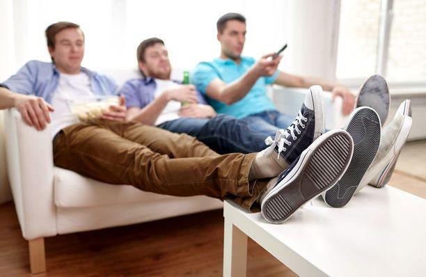 Kämppäkavereita etsitään persoonallisilla ilmoituksilla ja tarkoin kriteerein esimerkiksi Facebookissa.