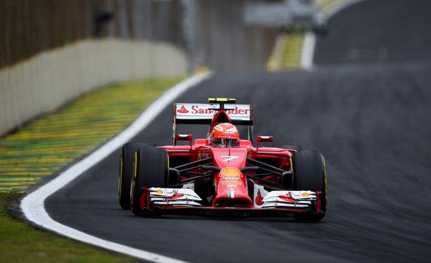 Kimi Räikkönen oli tyytyväinen autoonsa lauantaisissa aika-ajoissa.
