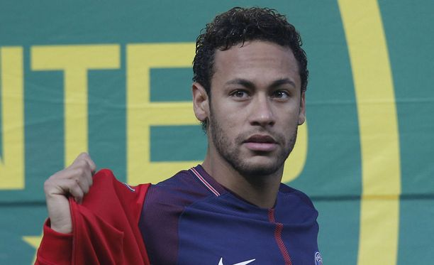 Neymar ei uskalla enää asua luksuskartanossaan.