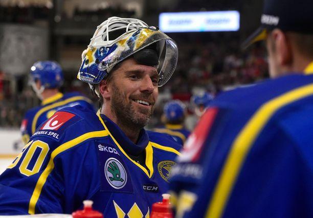 Henrik Lundqvist kiisti jyrkästi, että Ruotsi olisi hävinnyt Venäjälle tahallaan.
