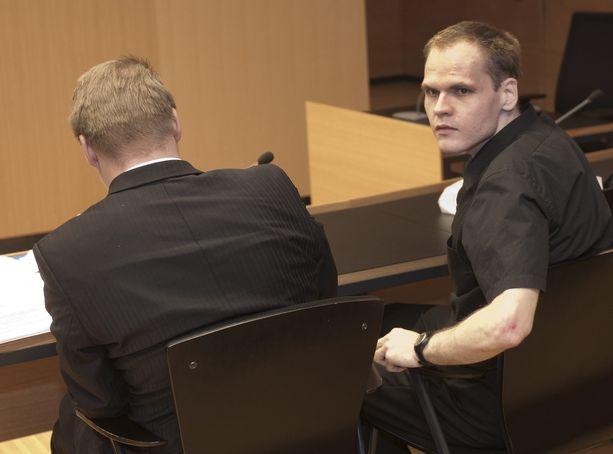 Markus Pönkää epäillään nyt törkeästä aserikoksesta Ruotsissa. Kuva on vuodelta 2011.
