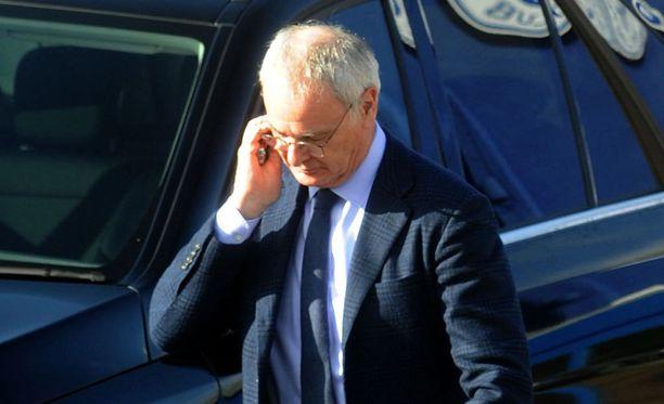 Claudio Ranieri sai potkut Leicesteristä.