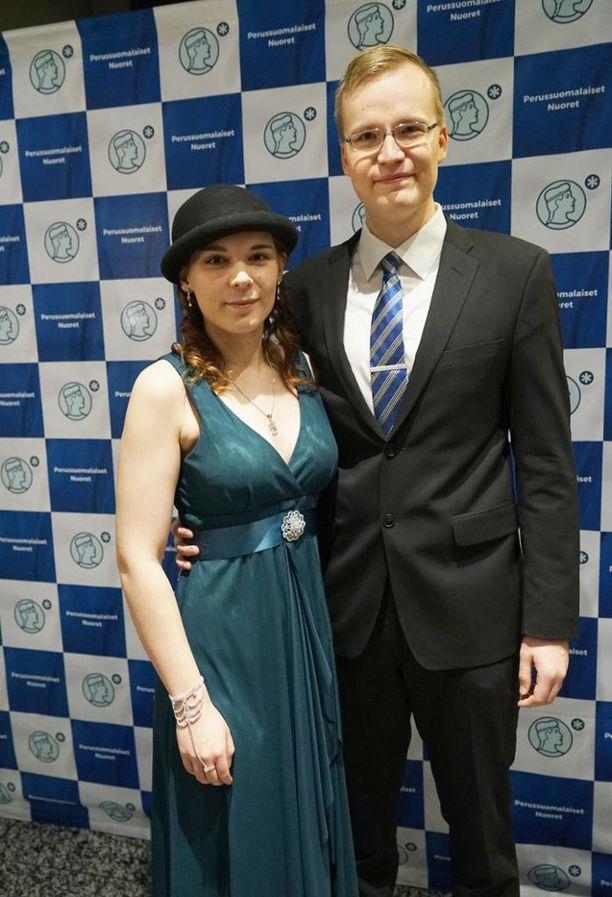 Perussuomalaisten nuoren uudeksi puheenjohtajaksi on ehdolla Tiina Ahva, 21. Hänen miehensä Toni Ahva on kansanedustaja Sampo Terhon avustaja.