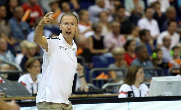 Vincent Collet johdattaa joukkueensa Suomen avausvastustajaksi.