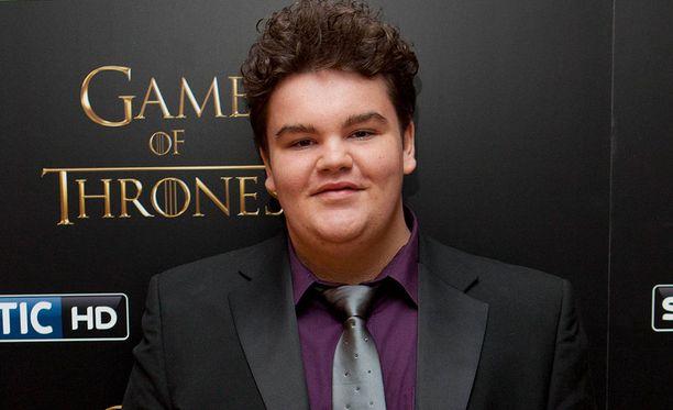 Game of Thronesissa Hot Pie teki Aryalle leivän kolmannella tuotantokaudella.