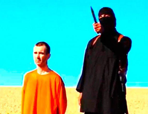 Isis julkaisi syyskuussa videon, jolla brittiläisen David Hainesin, 44, henkeä uhattiin. Hänet surmattiin myöhemmin aavikolla.